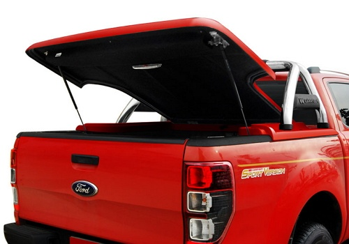 Hinged Tonneau Covers Photo